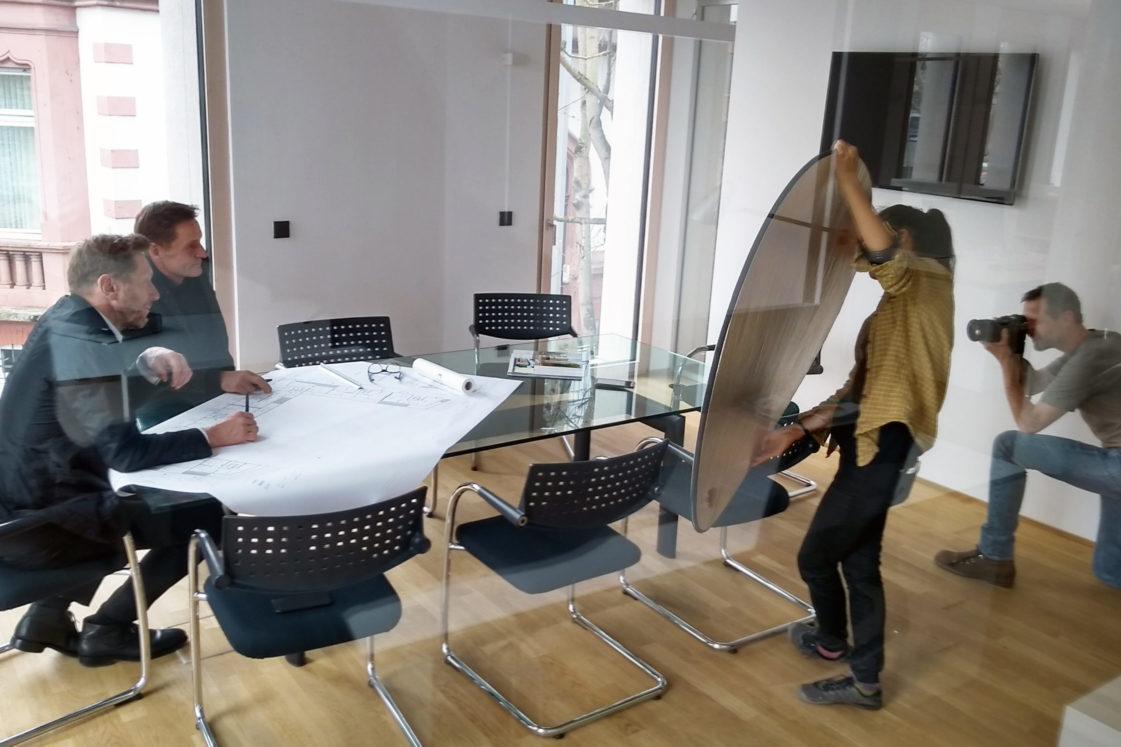 Fotoaufnahmen im Büro Bitsch+Bienstein Architekten mit Fotograf Oliver Rüther aus Wiesbaden